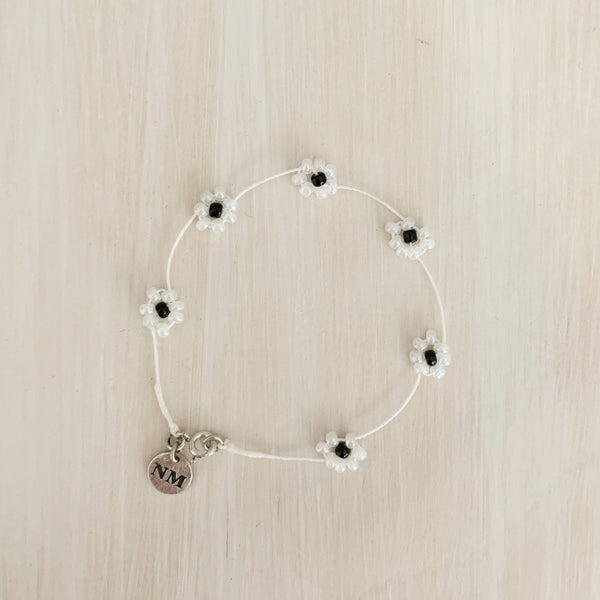 Daisy Chain Bracelet, Pearly White
