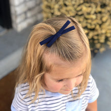Load image into Gallery viewer, Skinny Bow Clip - Navy
