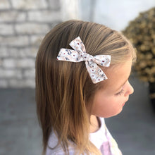 "Load image into Gallery viewer, Poppy 3"" Bows (set of 3)"