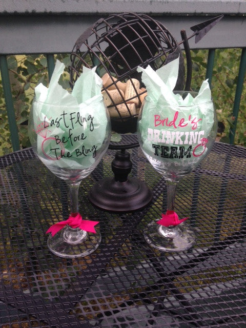 Personalized Bachelorette Party Last Fling Before the Ring Wine Glass