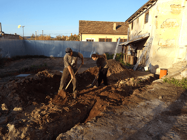 Main sewer pipe installation 09