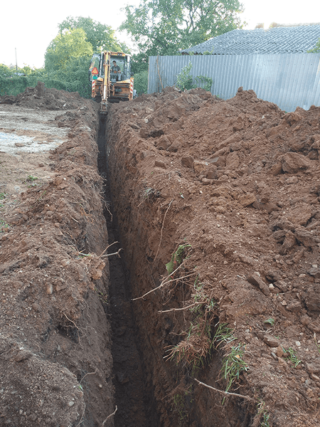 Main sewer pipe trench 04