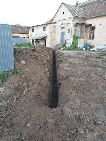 Main sewer pipe trench 05