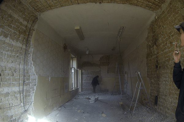 Removal of old plaster 03