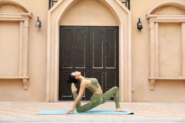 How to buy yoga clothes for novices?