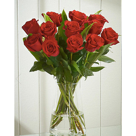 12 Red Roses in a Glass Vase