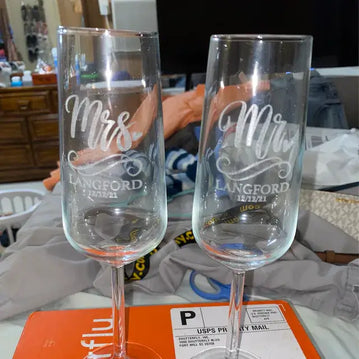 traditional wedding anniversary gifts, wedding gifts for couples