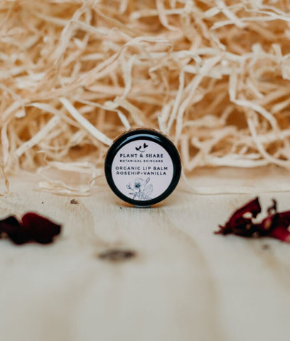 Plant & Share Rosehip And Vanilla Lip Balm