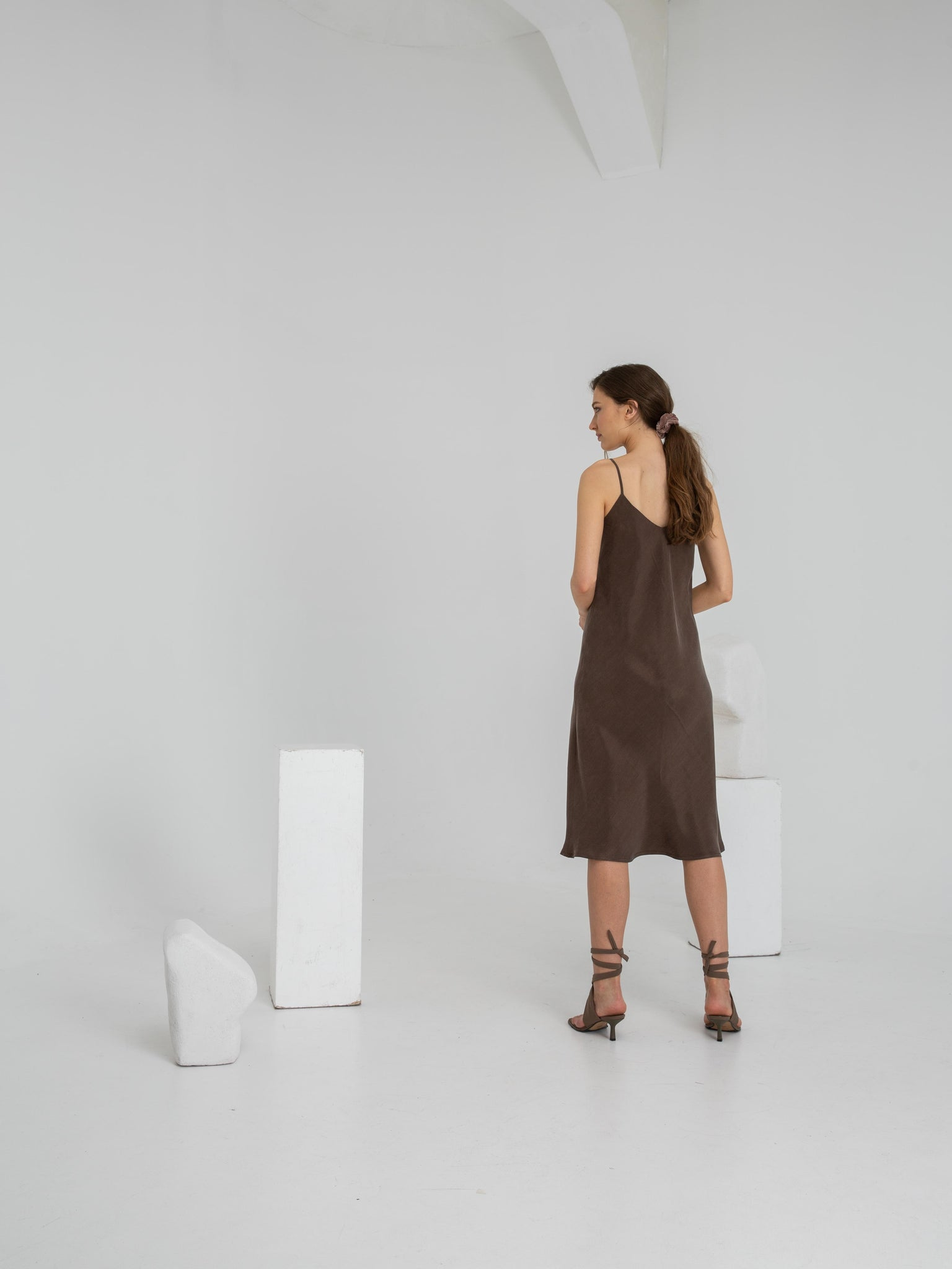 FLOW MIDI SLIP DRESS