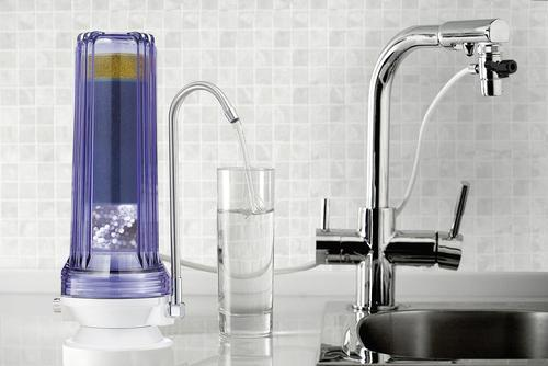 Faucet and countertop filter system