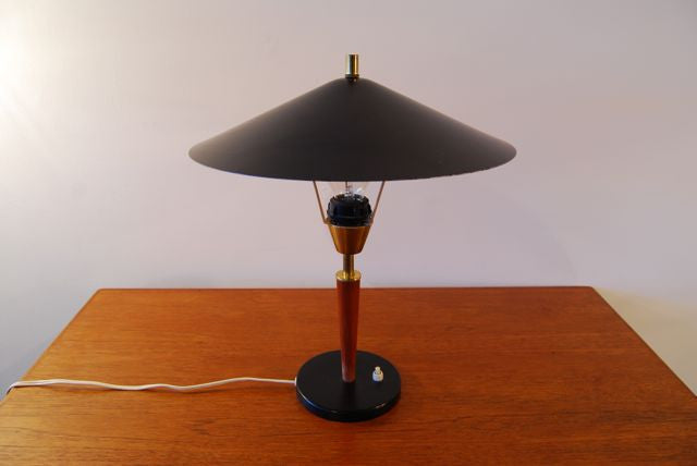 Table lamp with teak detail