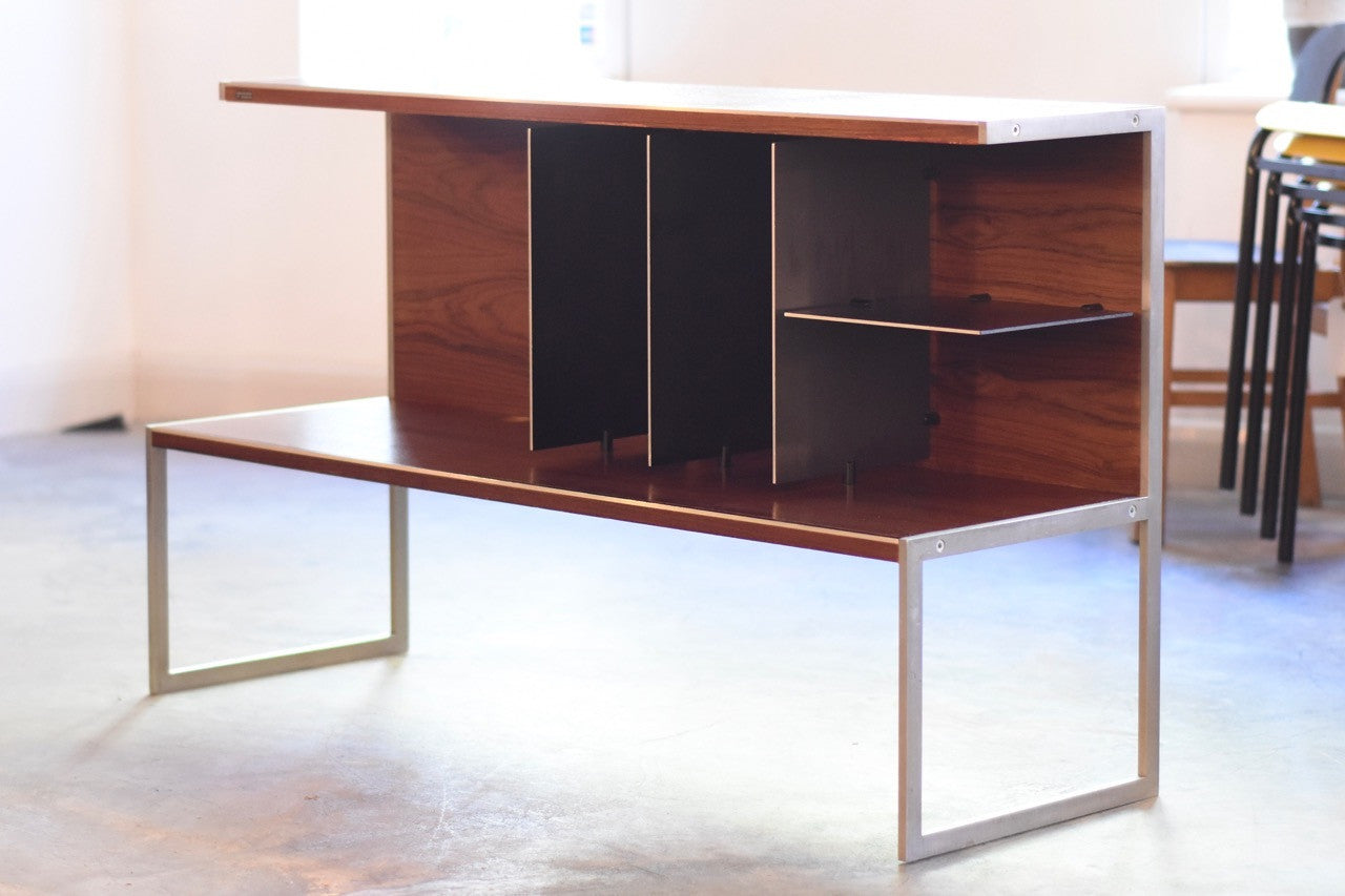 Just in: Hi-fi / TV stand by Bang & Olufsen