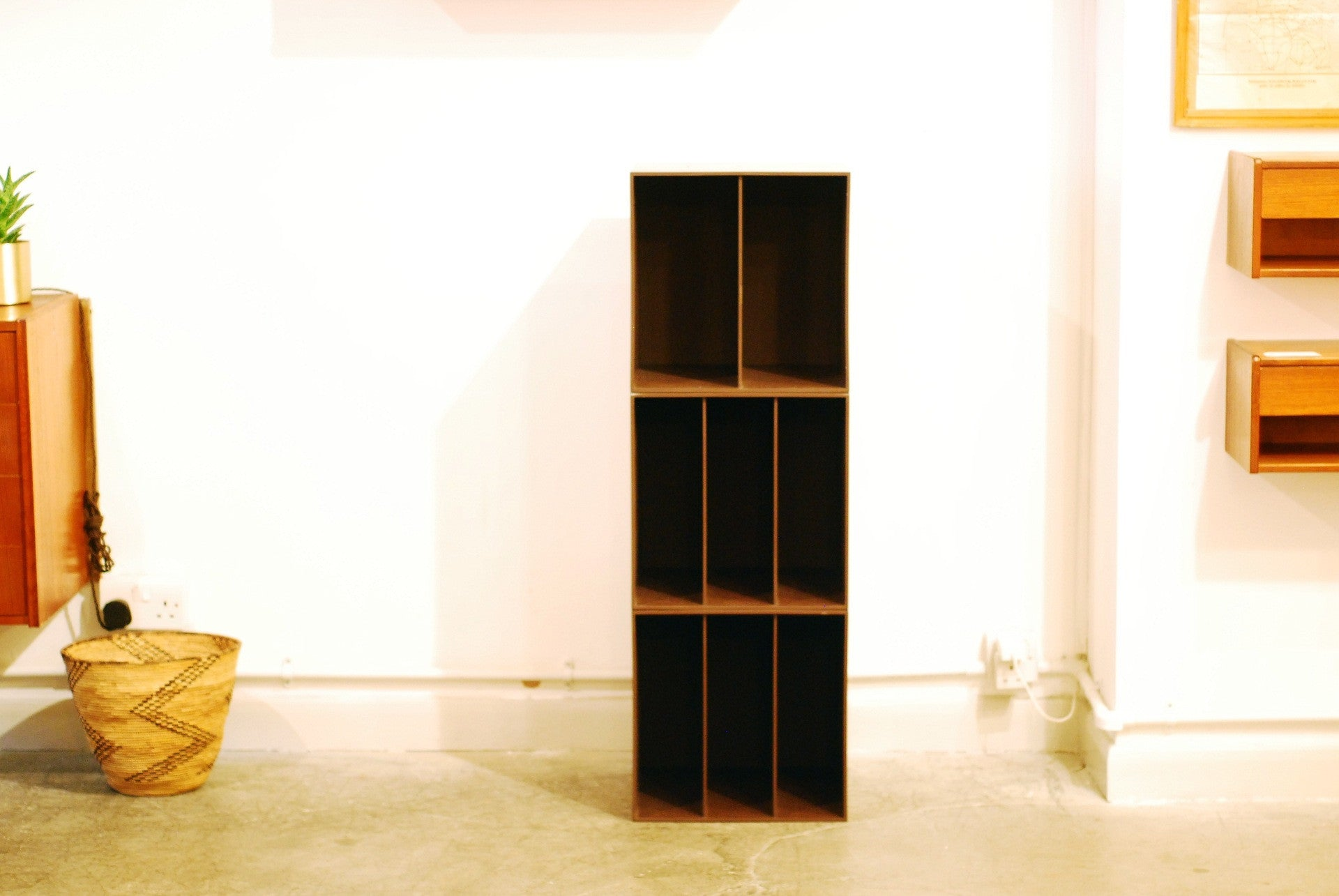 Stacking record boxes