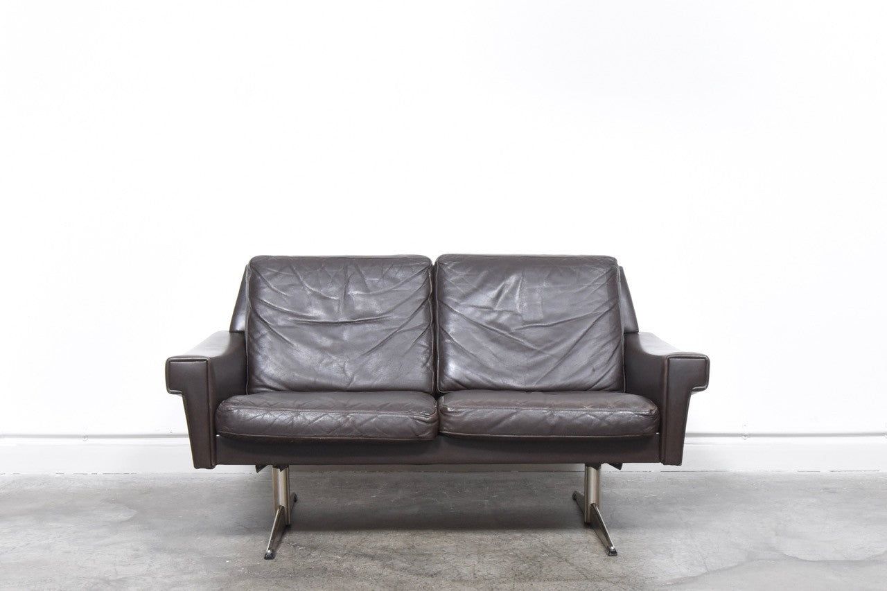 Not Specified Two Seat Sofa In Leather On Shaker Legs