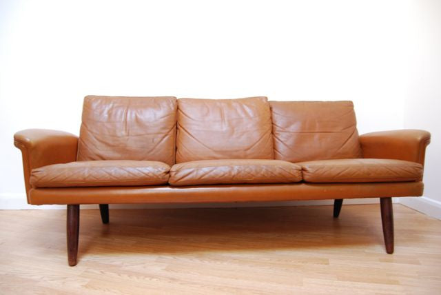 Chase & Sorensen Three seat leather sofa in tan leather