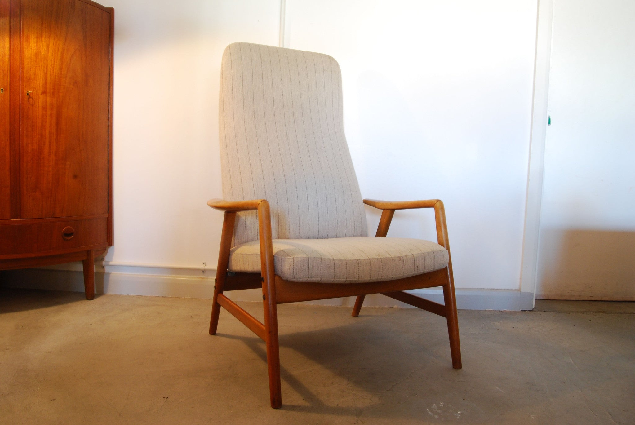 Kontour chair by Alf Svensson