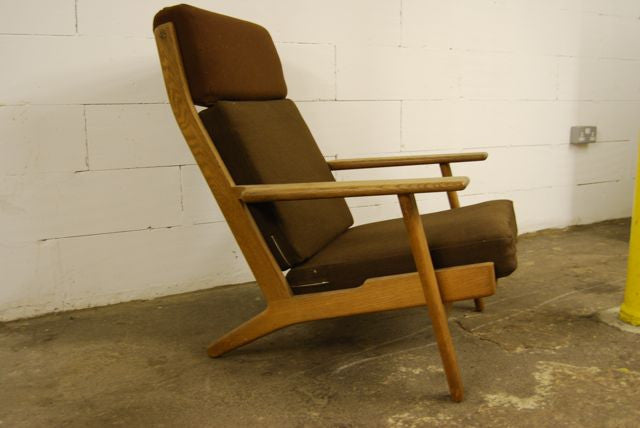 Chase & Sorensen GE 290 highback lounge chair by Wegner