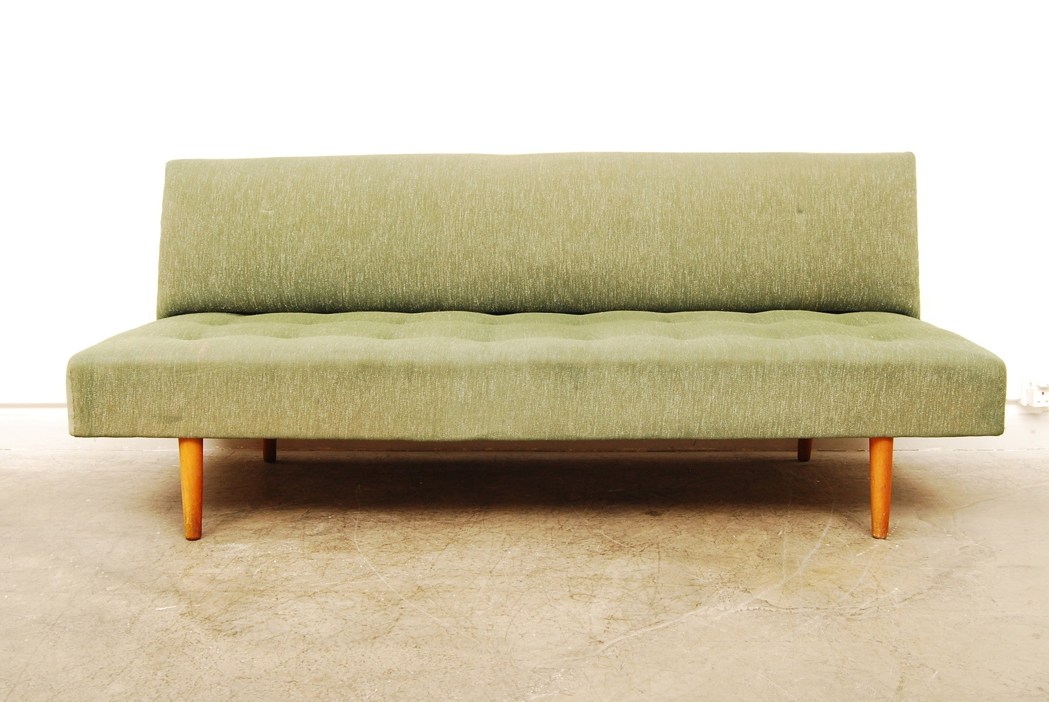1950s daybed with backrest