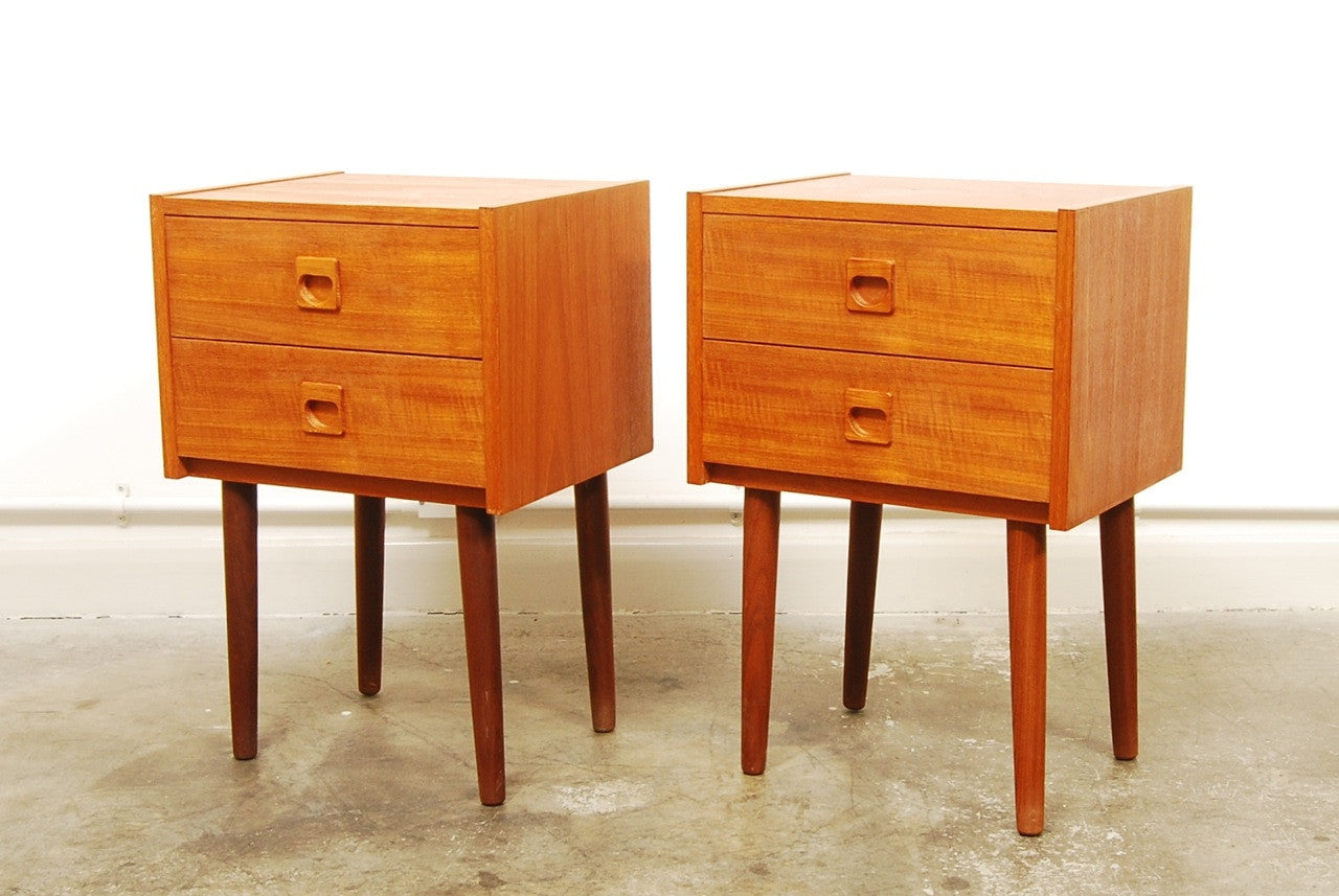 Pair of bedside tables no. 1