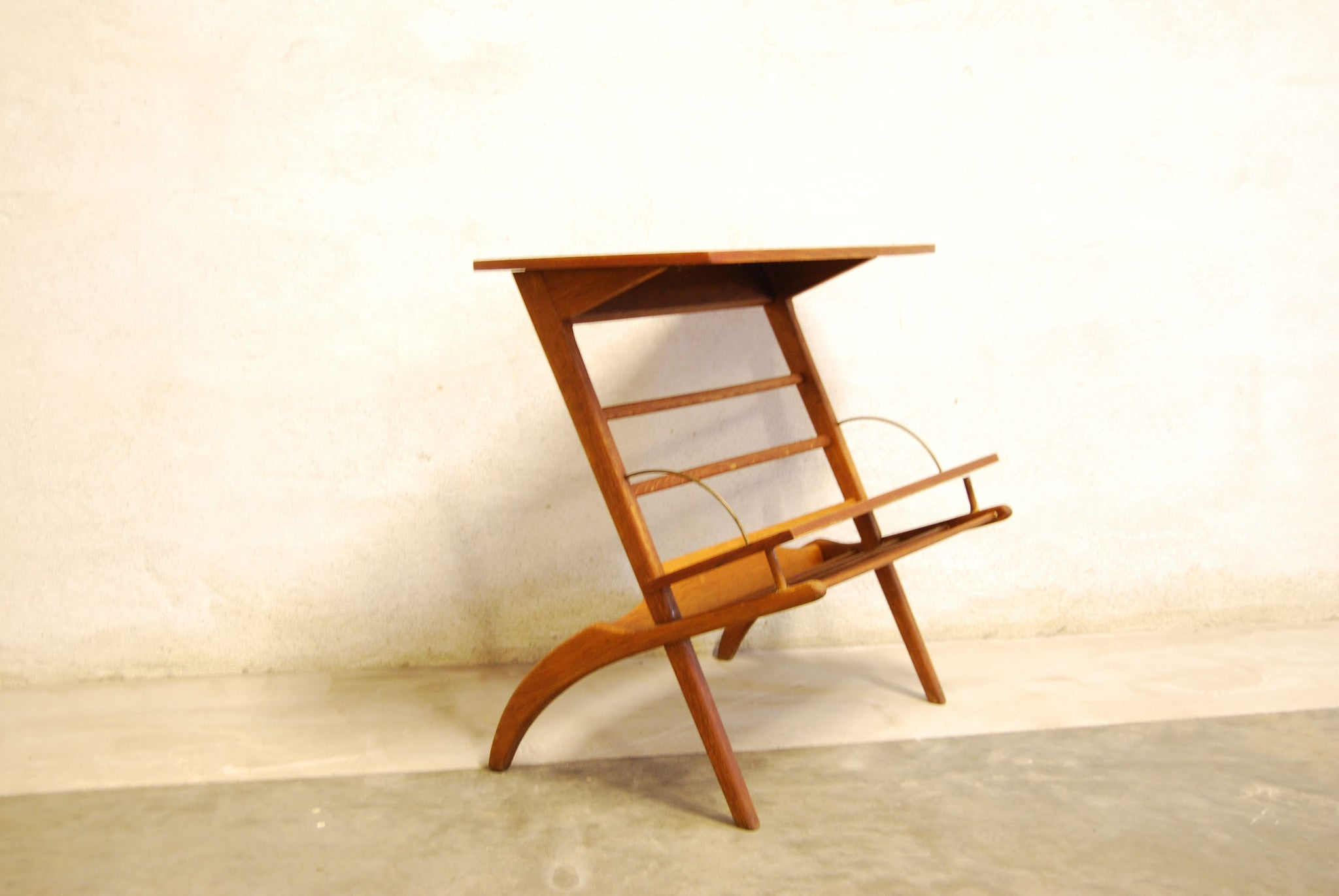 Teak magazine table