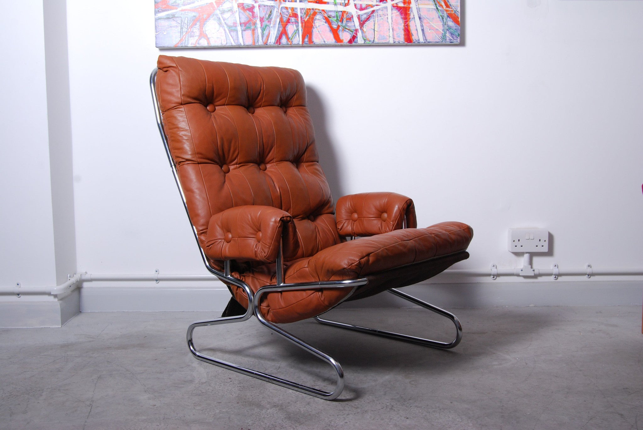 Leather/chrome/canvas lounge chair