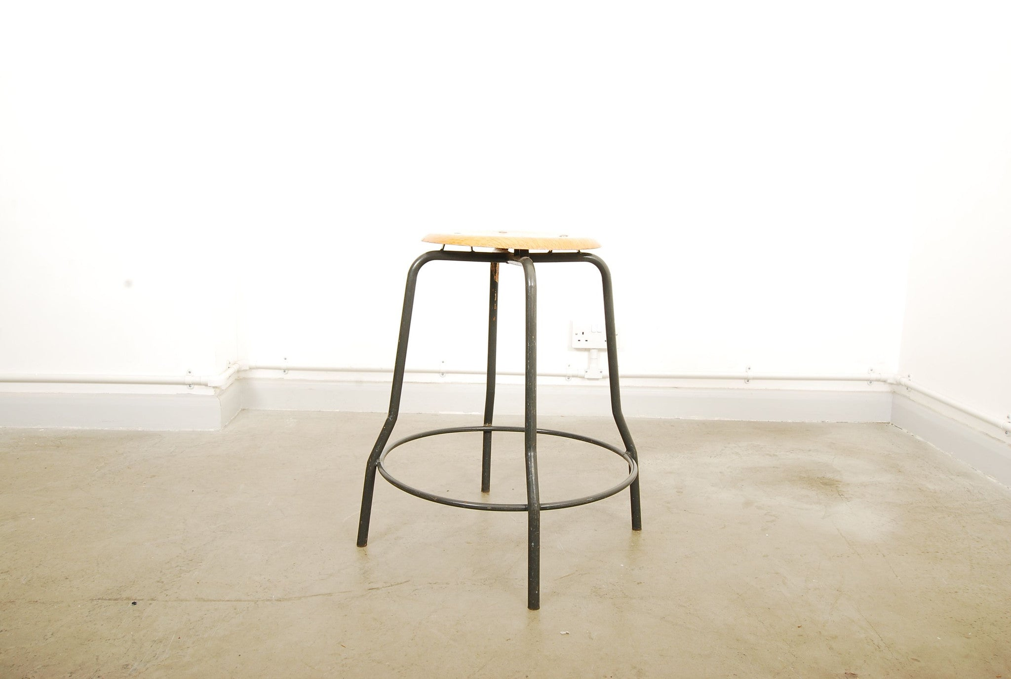 Work stool by MH StaalmÌübler