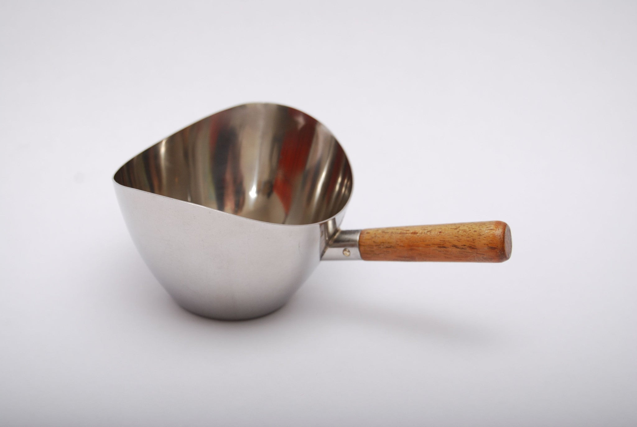 Stainless steel sauce boat