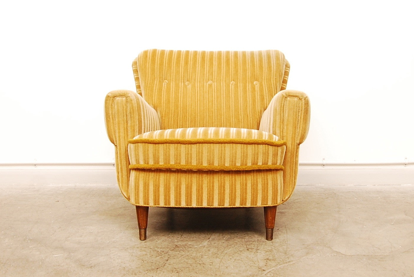 New price: 1940s lounge chair