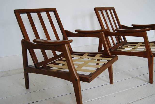 Pair of lounge chairs by Centa