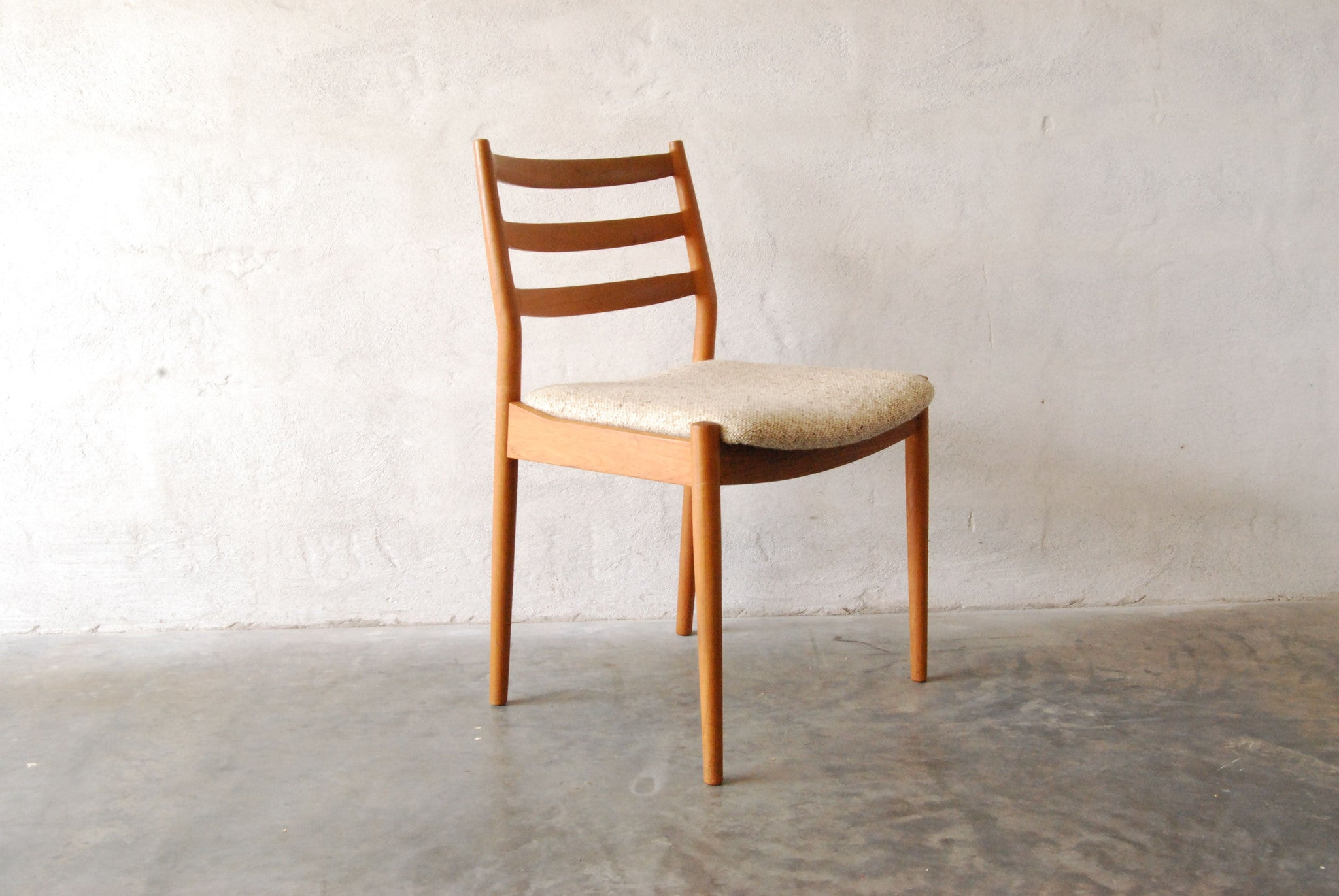 Chase & Sorensen Pair of dining chairs by Arne Vodder for CADO