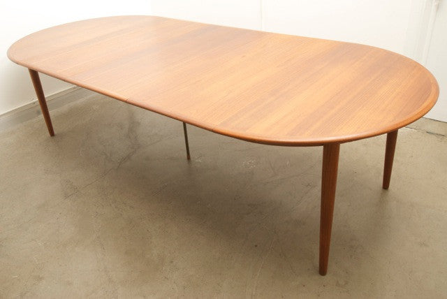 Kai Kristiansen dining table