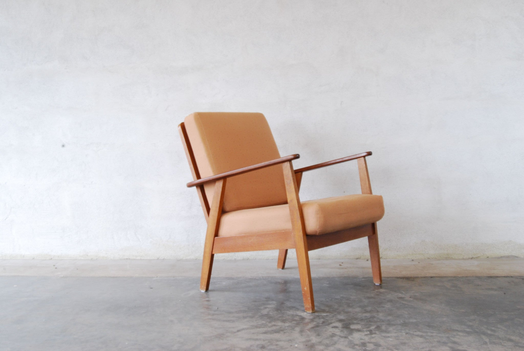 Teak/beech framed lounge chair no. 1
