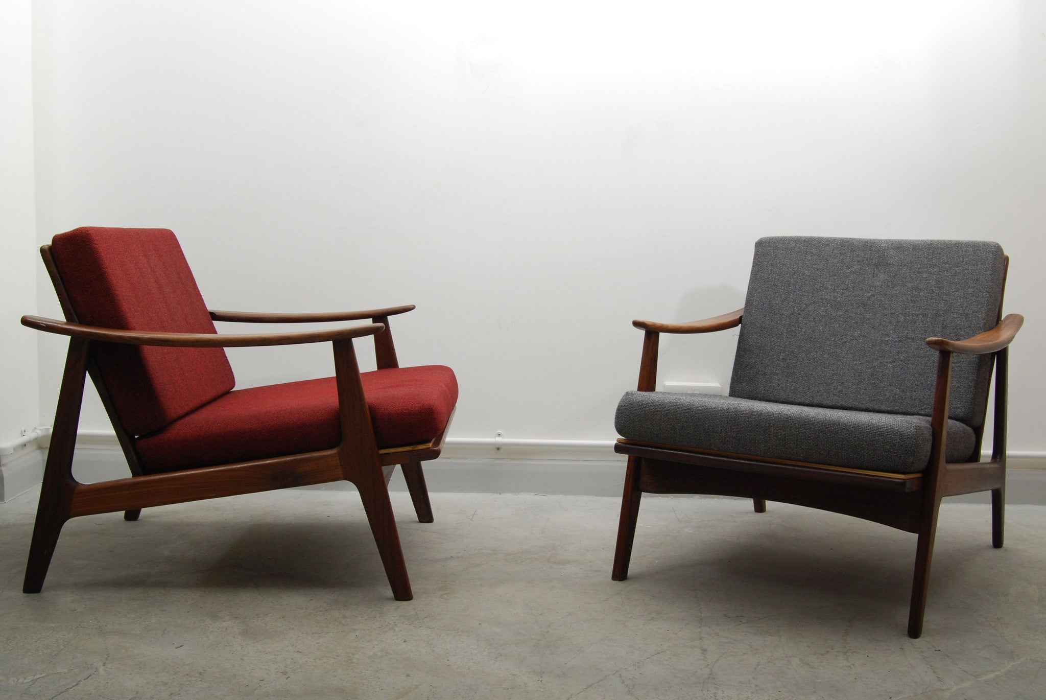 Pair of teak loungers