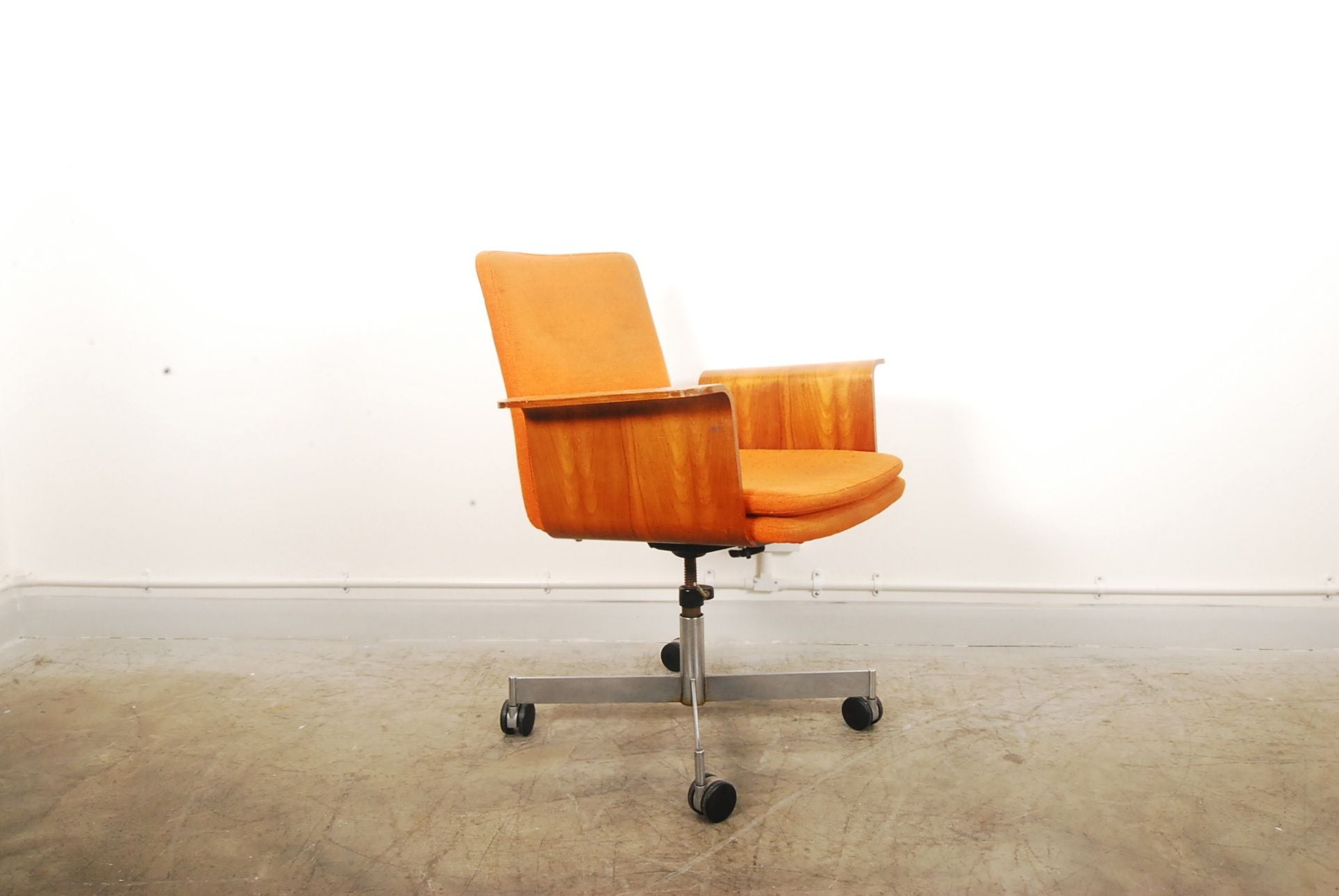 Chase & Sorensen Desk chair by KEVI