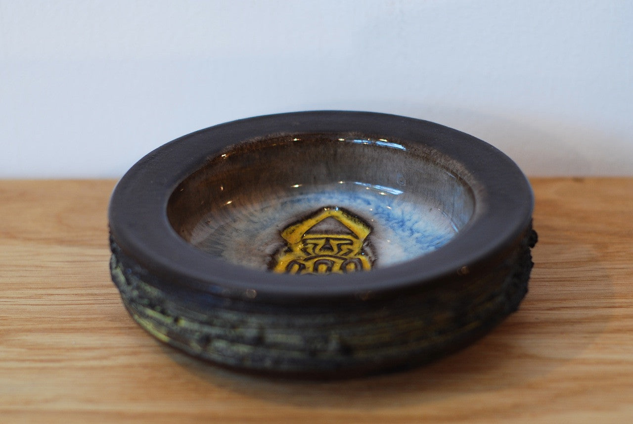 Ceramic bowl by Gilt LAVA