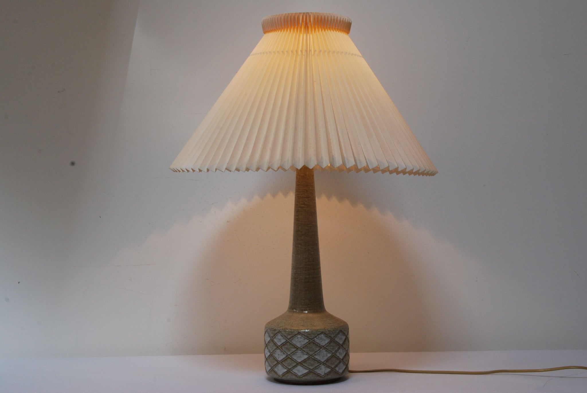 Table lamp by Per and Annelise Linnemann-Schmidt for Palshus.