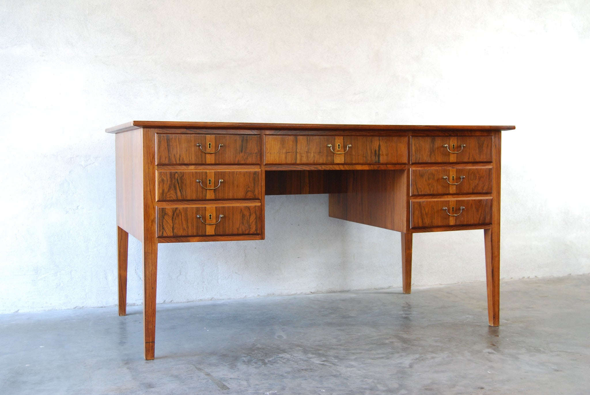 Executive desk in rosewood