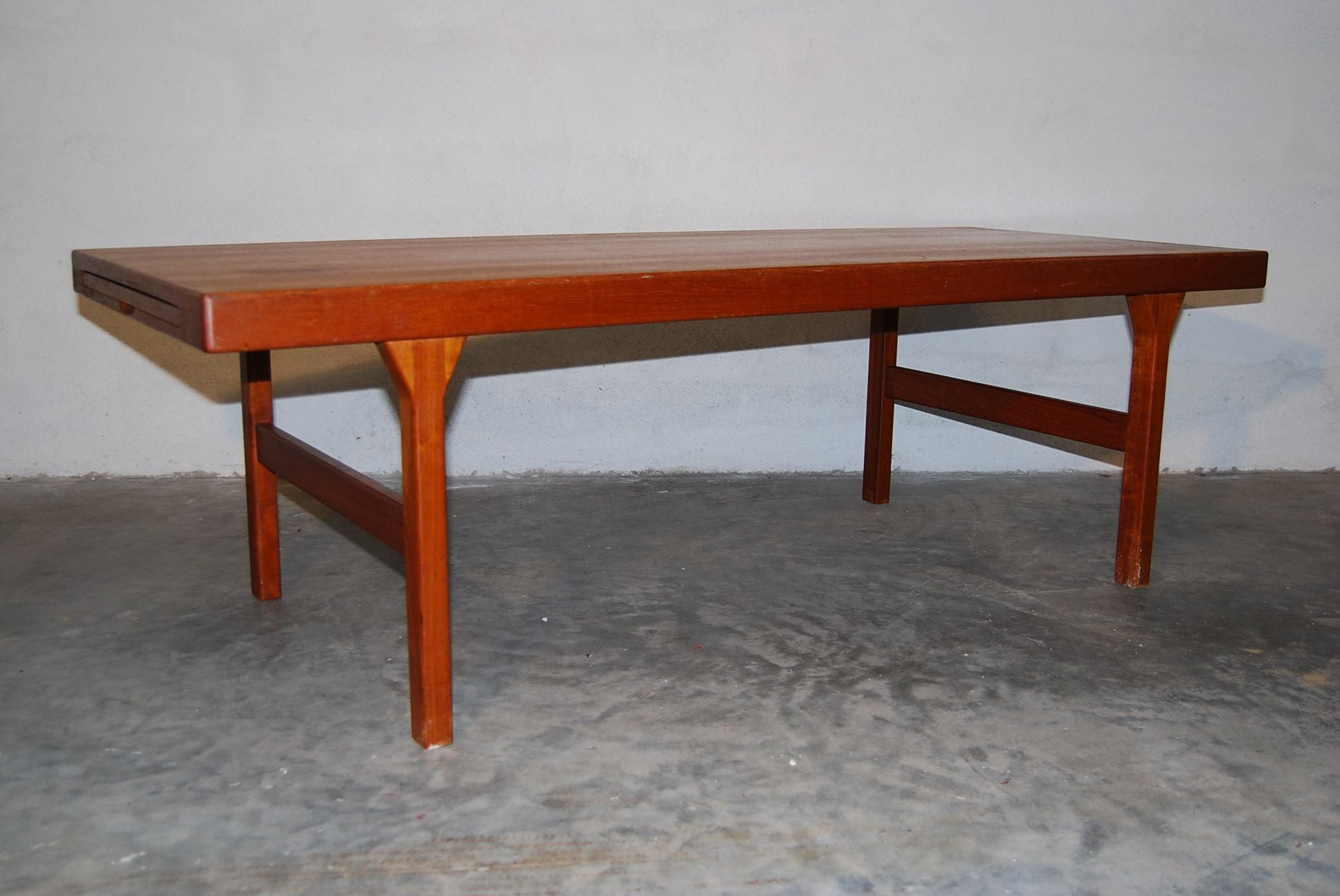 Coffee Table with Formica Leaf