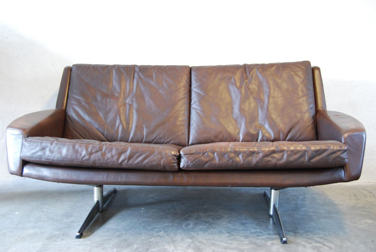 Chase & Sorensen Two seat leather sofa with chrome base