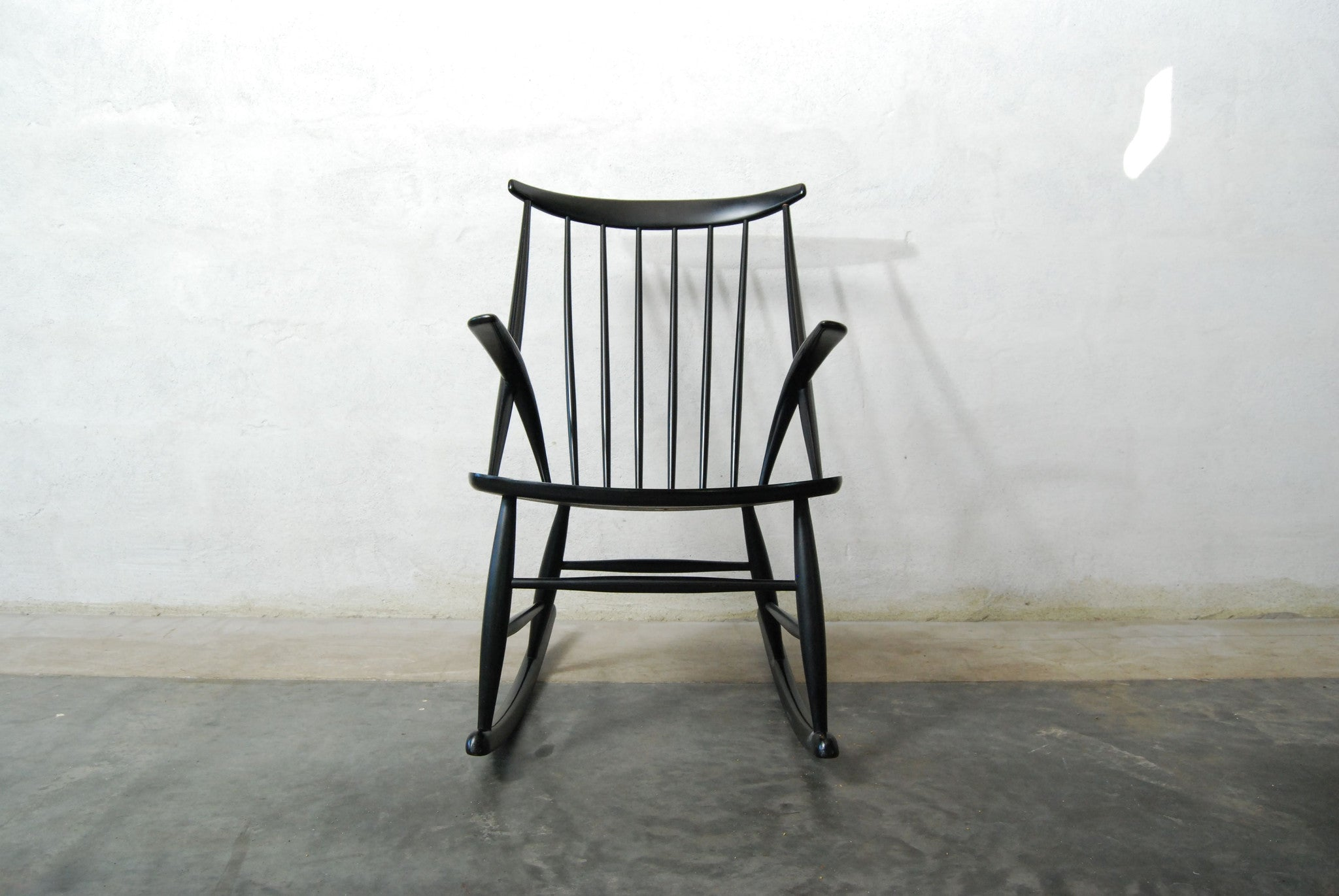 Chase & Sorensen Rocking chair by Illum Wikkels no. 2