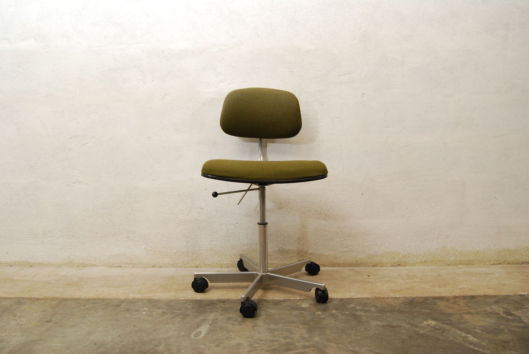 Desk chair by KEVI
