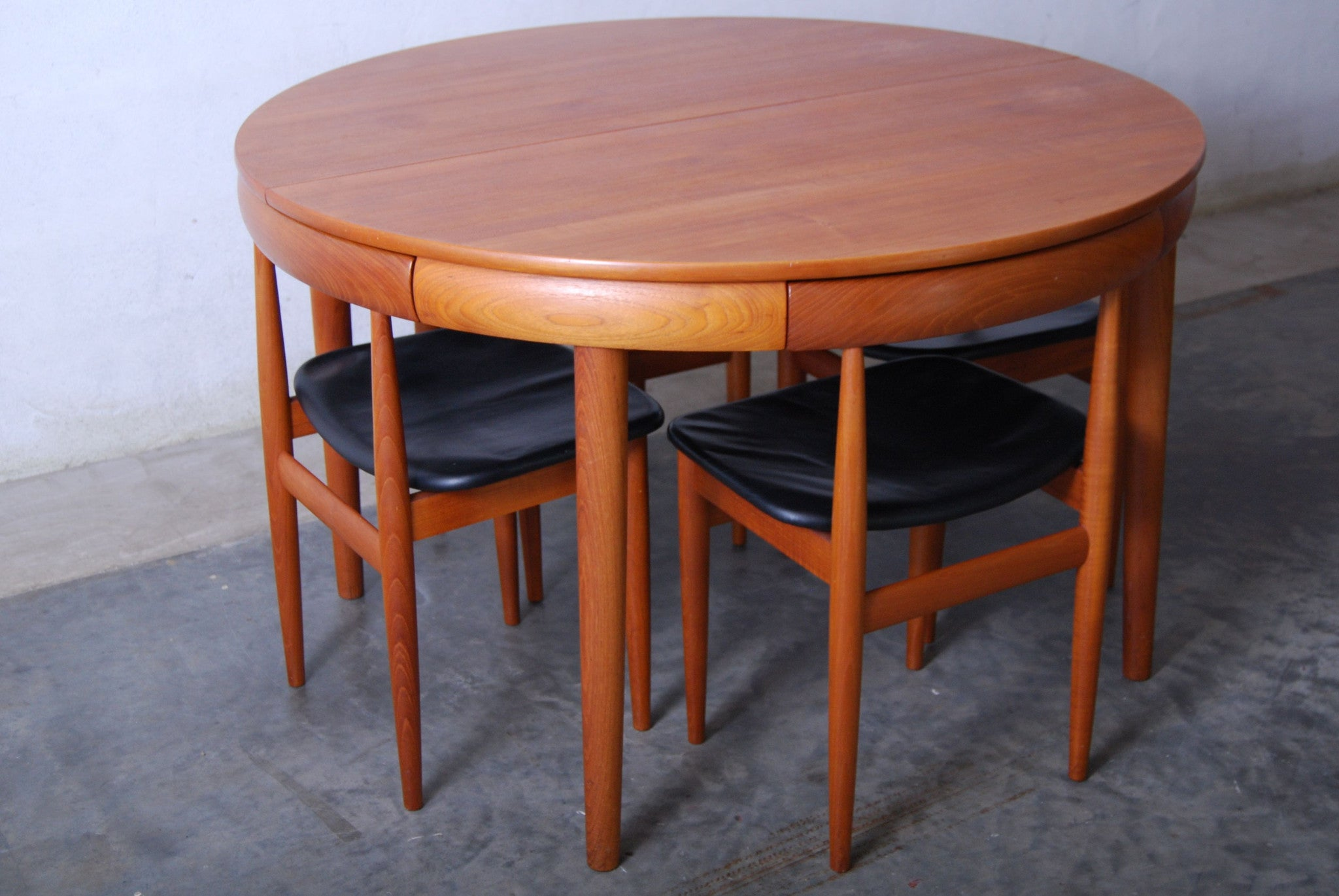 Dining set by Hans Olsen