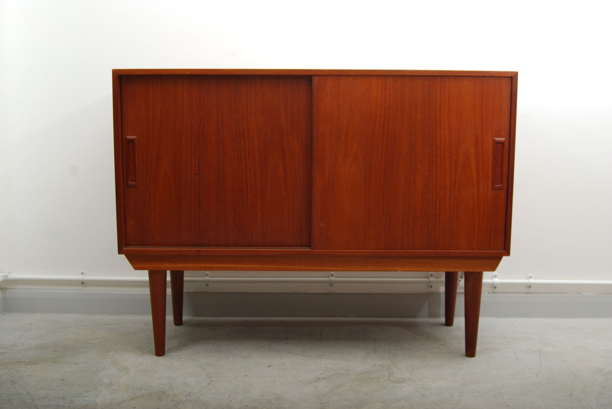 Chase & Sorensen Short sideboard by Atom