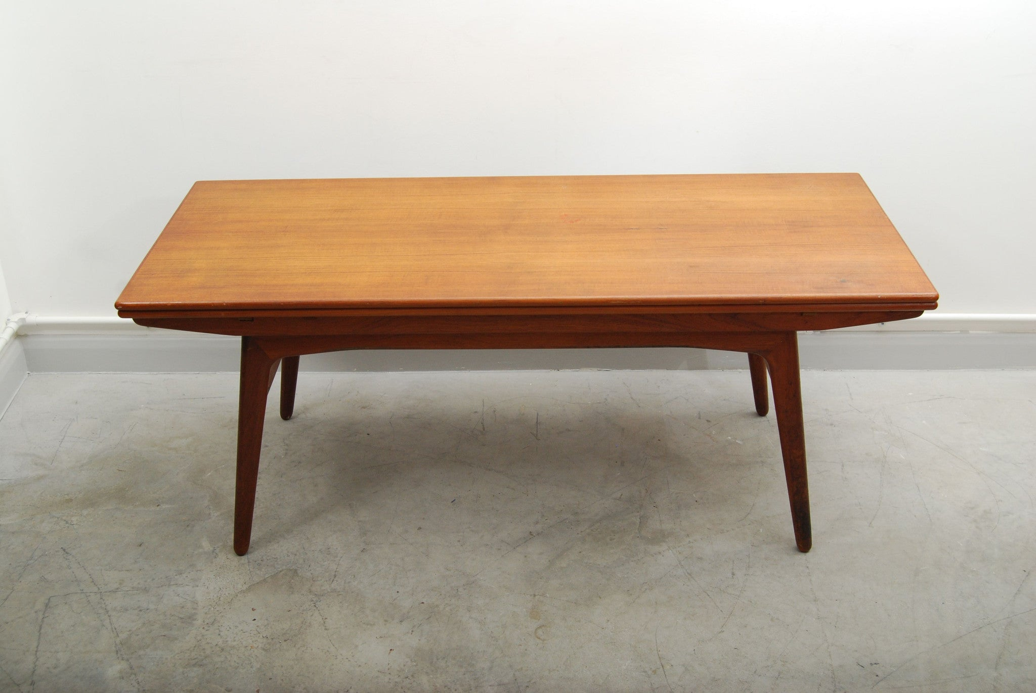 Chase & Sorensen Coffee table/dining table