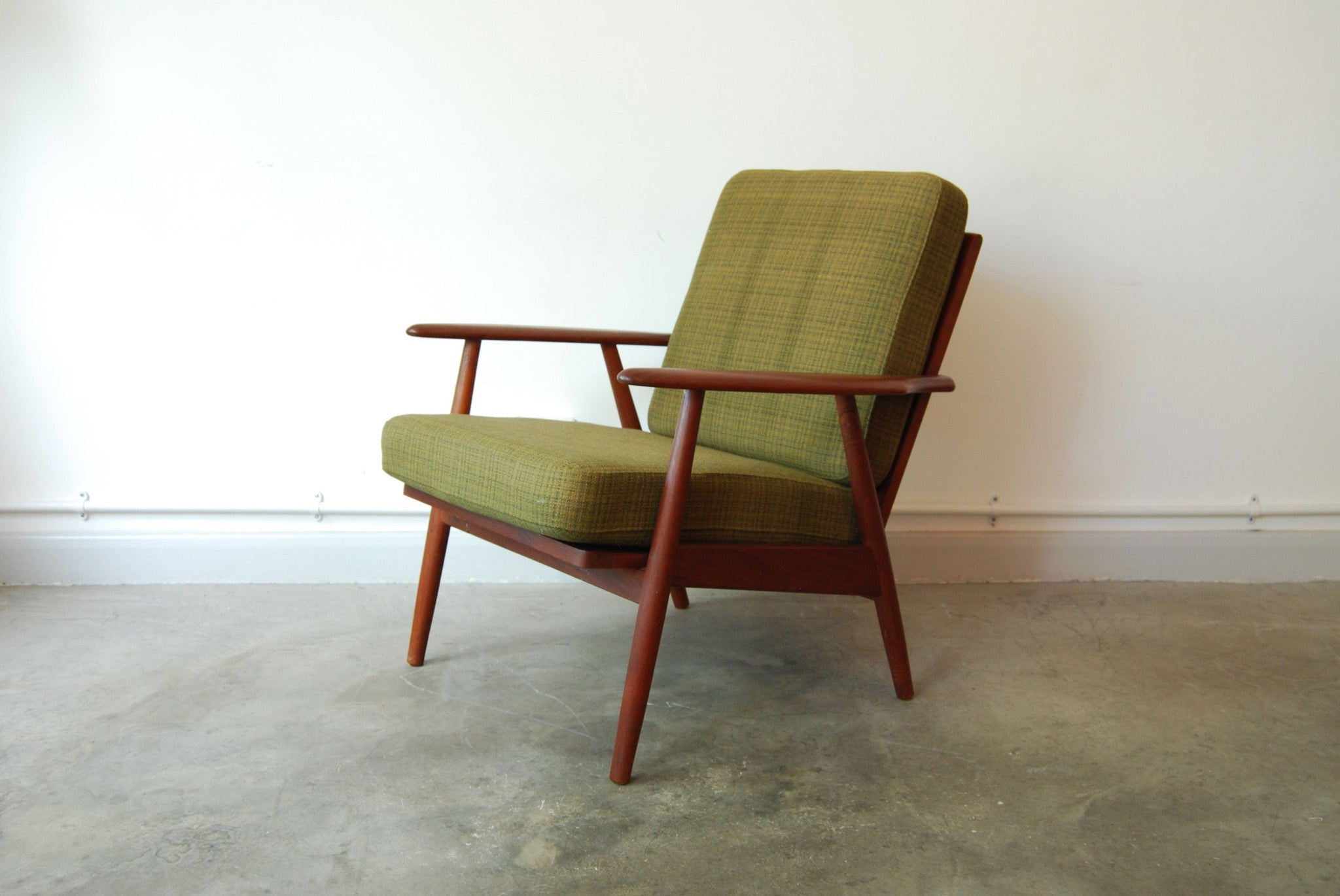 Teak lounge chair with army wool cushions