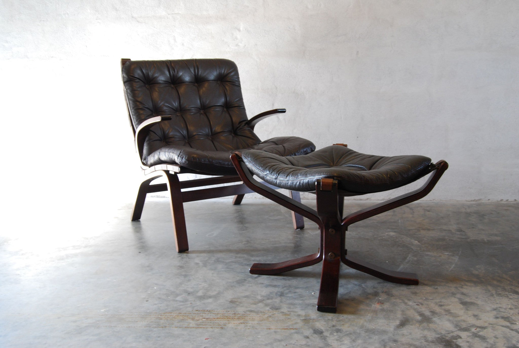 Chase & Sorensen Occasional chair with foot stool