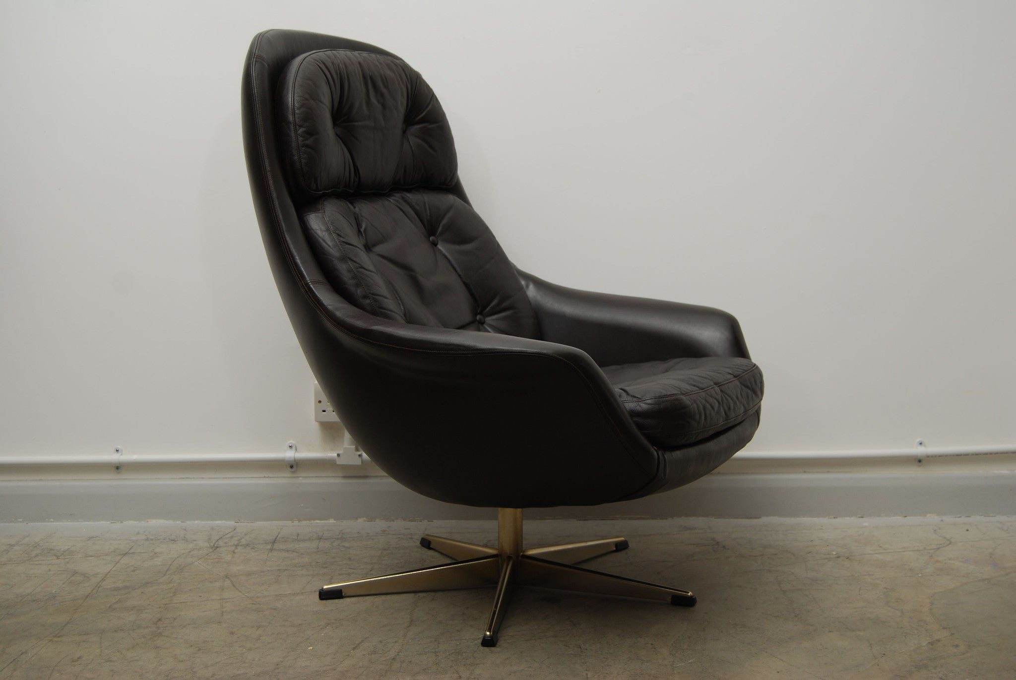 Chase & Sorensen Bucket chair by H.W. Klein