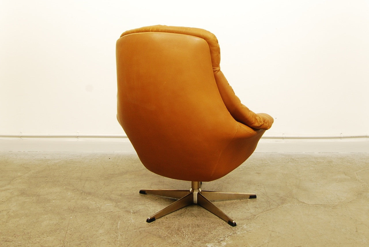 Bucket chair by H.W. Klein