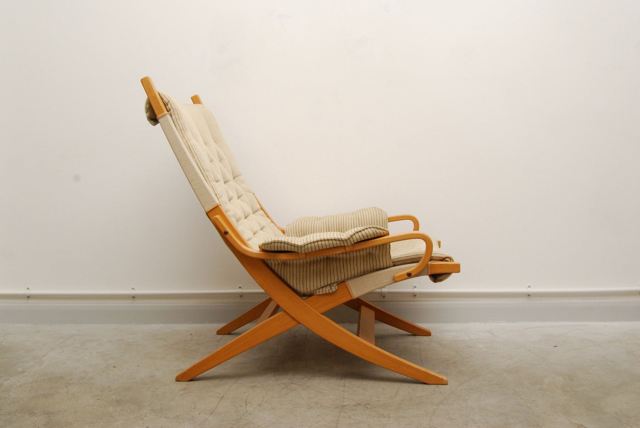 Swedish/Finnish lounge chair