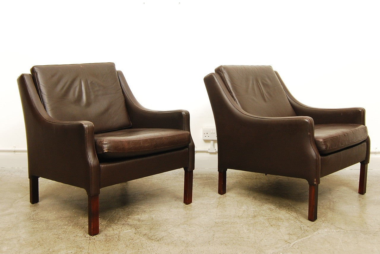 Chase & Sorensen Brown leather club chair